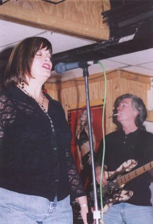 Photo of Sue O'Neill & Larry Holt at Lisa's