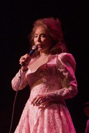 Photo of Loretta Lynn at the Palace