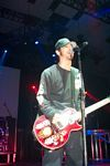 Photo of Godsmack guitarist Robbie Merrill